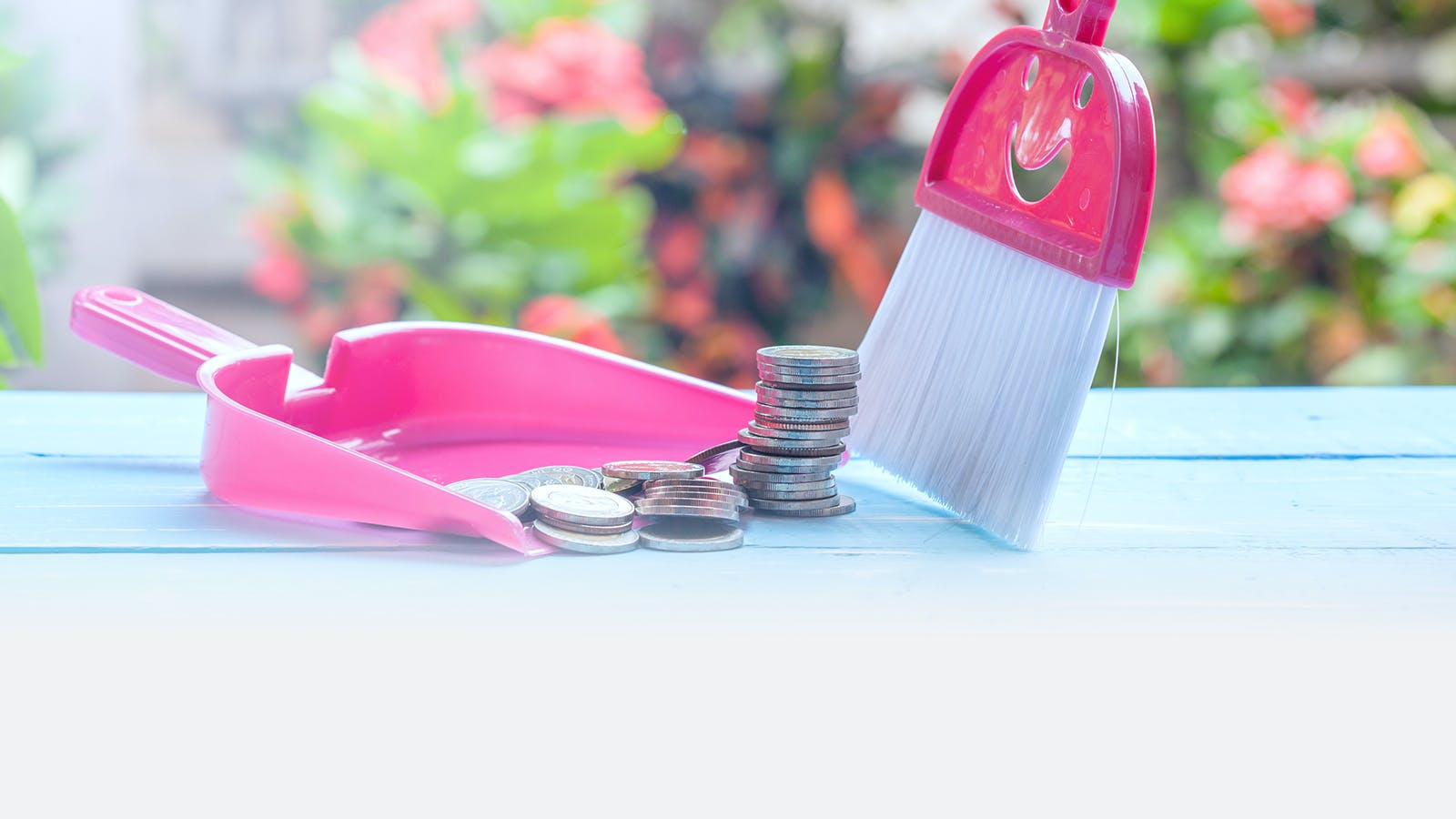 """8 Quick Ways to Improve Finances with """"Spring Cleaning"""""""